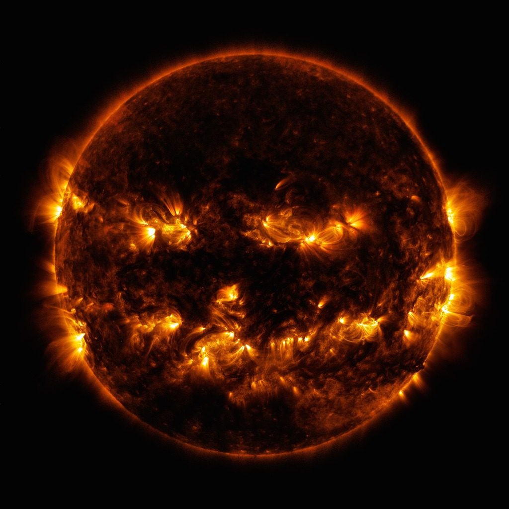 Spoooky Sun, courtesy the Solar Dynamics Observatory. Credit: NASA/GSFC/SDO