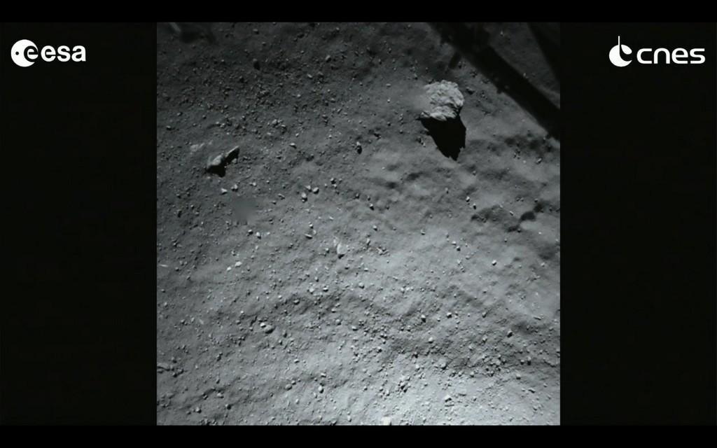Phiae's landing site seconds from landing. Photo byESA Rosetta / Philae / Rolis